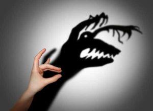 Angst - gruseliges Schattenspiel